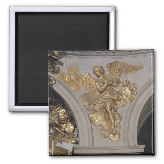 Louis XIV style angel, from the arch to the Magnet