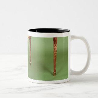Louis XVI bureau plat with pale tulipwood veneer Mug