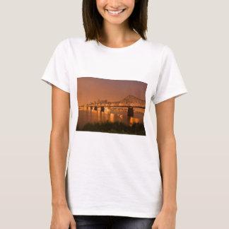 Louisville Kentucky Night Lights Bridge Ohio River T-Shirt
