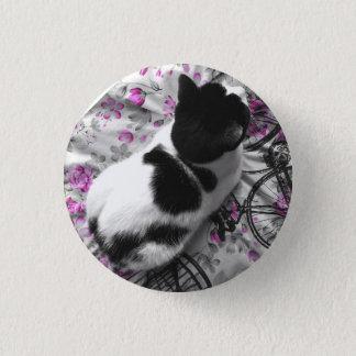 Lounging Cat Pin