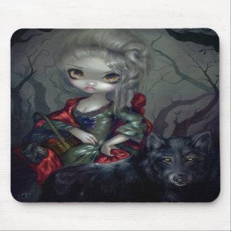 """""""Loup-Garou: Le Petit Chaperon Rouge"""" Mousepad"""