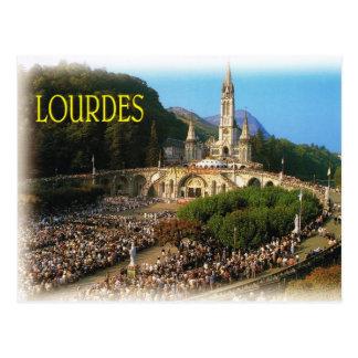 Lourdes, peregrinos en cuadrado del rosario tarjeta postal