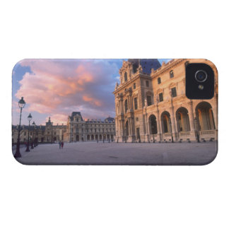 Louvre, Paris, France Case-Mate iPhone 4 Case