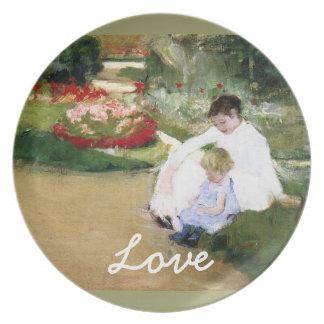 Love/ Art of Mary Cassatt Plate