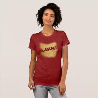 Love -- Art On A Shirt --T-shirt