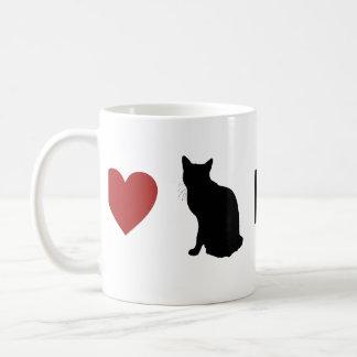 'Love Cats Hate Clutter' Mug