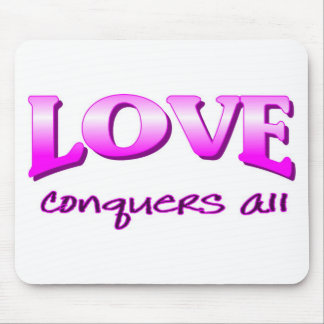 Love conquers all Christian saying Mouse Pad