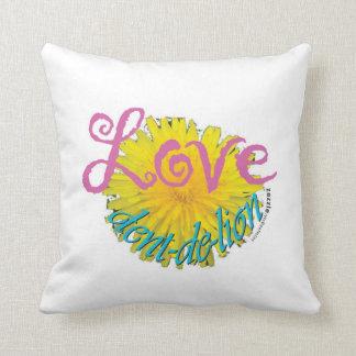 Love Dandelion Pillow dent-de-lion