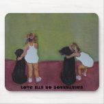 LOVE HAS NO BOUNDARIES - Mouse Pad