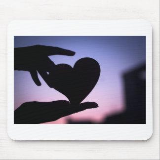 Love heart shape in hands photograph romantic vale alfombrilla de ratones
