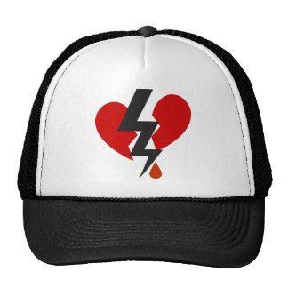 LOVE HURTS GRAPHIC HEART PRINT TRUCKER HAT