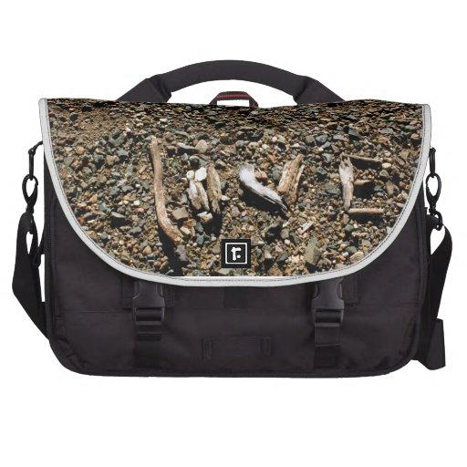 lOVE IN NEW WAYS Commuter Bag