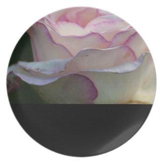 """Love in Summer"" Design by Carole Tomlinson Dinner Plate"