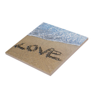 Love into the sand written Tile