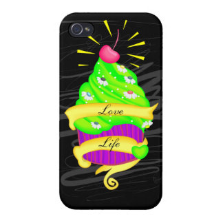 Love Life Cupcake iPhone 4 Cover