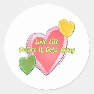 Love Life Hearts Classic Round Sticker