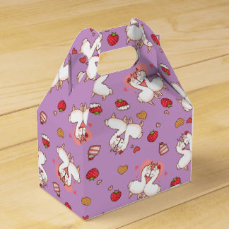 Love Llama Madness Favor Box