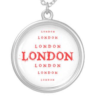 LOVE LONDON ROUND PENDANT NECKLACE