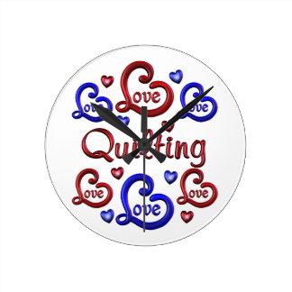 LOVE LOVE Quilting Round Clock