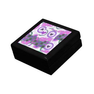 Love lovely heartily heart sentimental feeling gift box