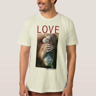 Love - Mother orangutan with baby Tshirt