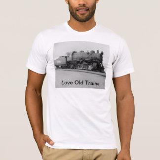 Love Old Trains Vintage Steam Engine Train T-Shirt