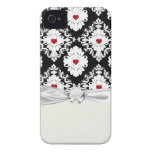 love red heart damask on white black iPhone 4 covers