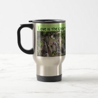 Love refreshes travel mug