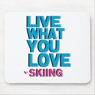 Love Skiing Gifts Mouse Pad