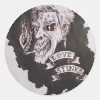 love stinks classic round sticker