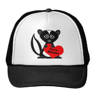 Love Stinks Cute Cartoon Skunk Holding Heart Trucker Hat