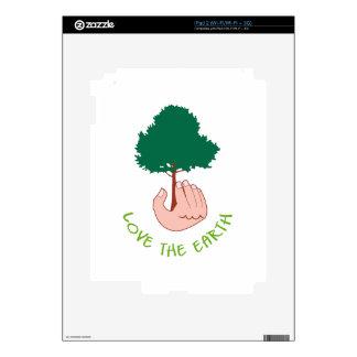 LOVE THE EARTH iPad 2 DECAL