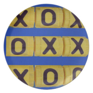 Love Tic-Tac-Toe Party Plate