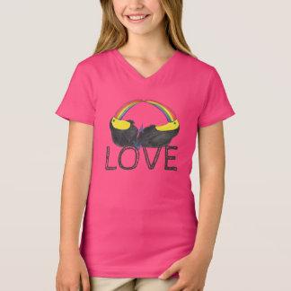 Love - Toucan Rainbow T-Shirt