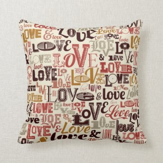 Love Valentine's Day Typography | Throw Pillow