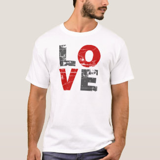 Love Vintage Distressed Valentines Day T-Shirt