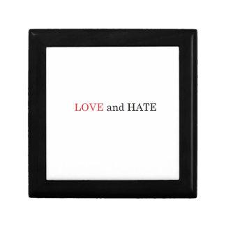 LOVE WILD DUCK HATE GIFT BOX