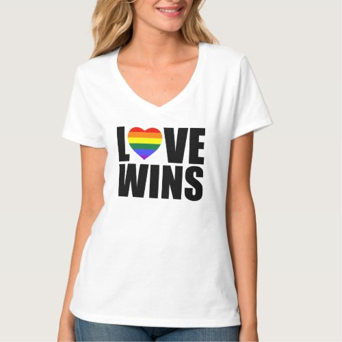 LOVE WINS! CELEBRATE MARRIAGE EQUALITY! #LOVEWINS T-Shirt