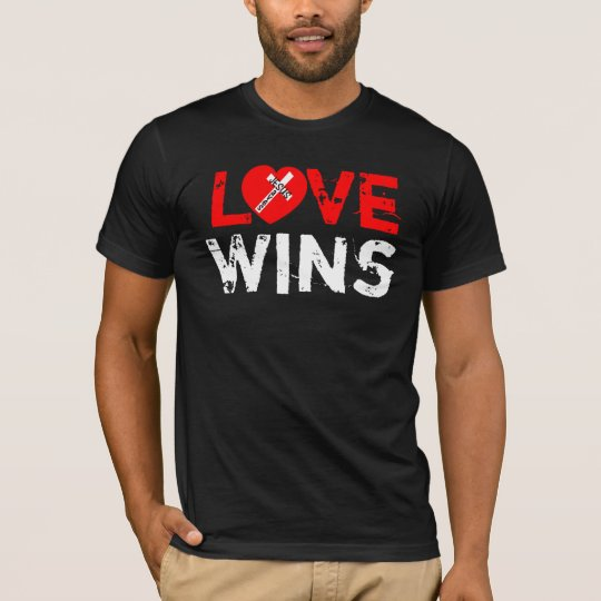 Love Wins Tricot - Jesus Saves (Heart) T-Shirt