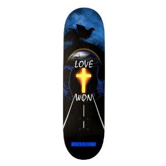 Love Won Skateboard Deck