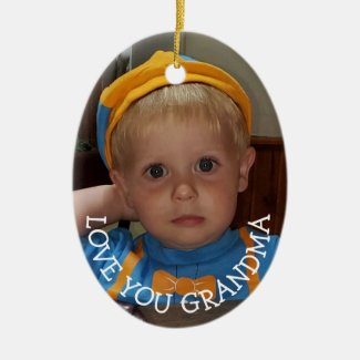 Love You Grandma, Christmas Gift for Christmas Ceramic Ornament