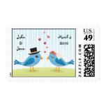 Lovebirds que casan el sello de fecha