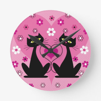 Lovely Cats Round Clock