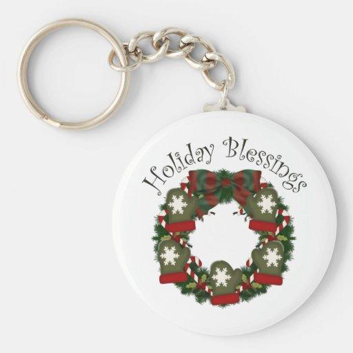 Lovely Customizable Christmas Holiday Wreaths Keychain