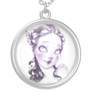 Lovely face round pendant necklace