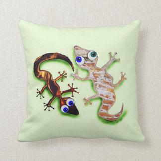 Lovely Gecko Pillow