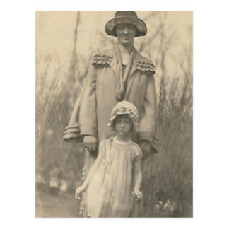 Lovely Mother and daughter Postcard