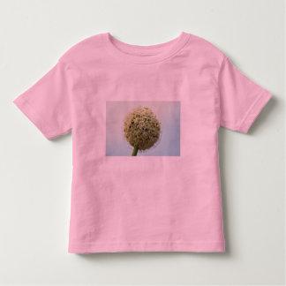 Lovely Onion, allium cepa Tshirt