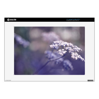 "Lovely Wild Chervil 15"" Laptop Skins"