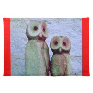 """LoveOwls"" Cute Christmas Animal Design in Red Placemat"